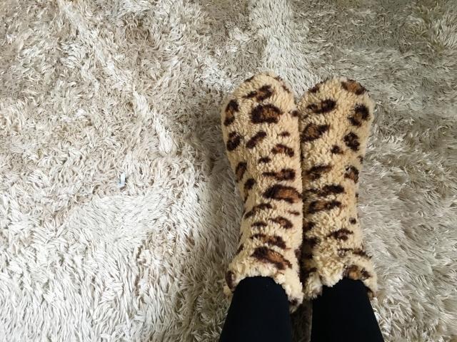 冷え症、寒い足元に関する画像